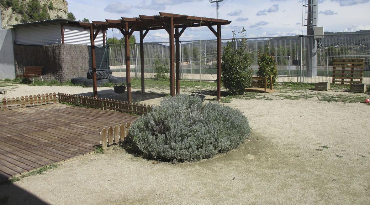 Slider jardí llar infants Castellnins de Castellgalí