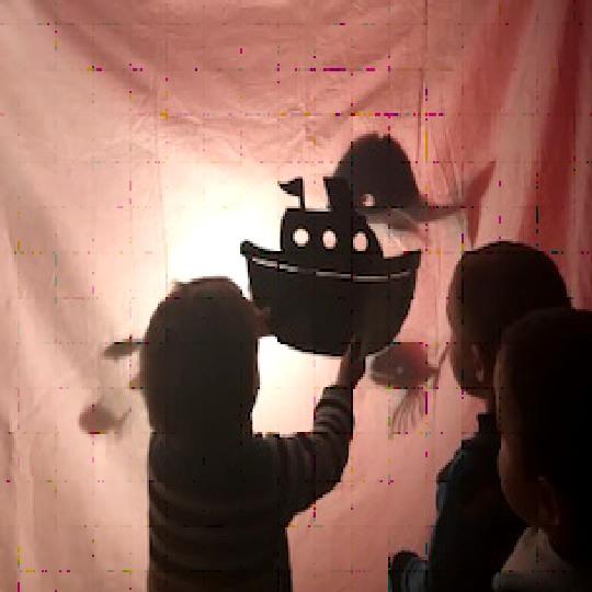 Teatre a les escoles bressol Cavall de Cartró 01