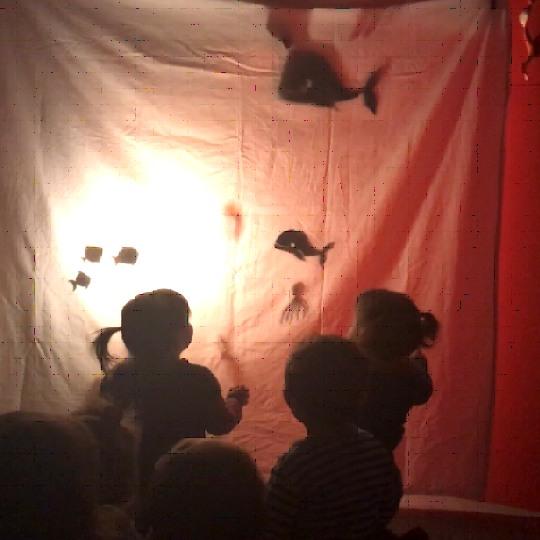 Teatre a les escoles bressol Cavall de Cartró 04