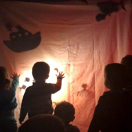 Teatre a les escoles bressol Cavall de Cartró 08