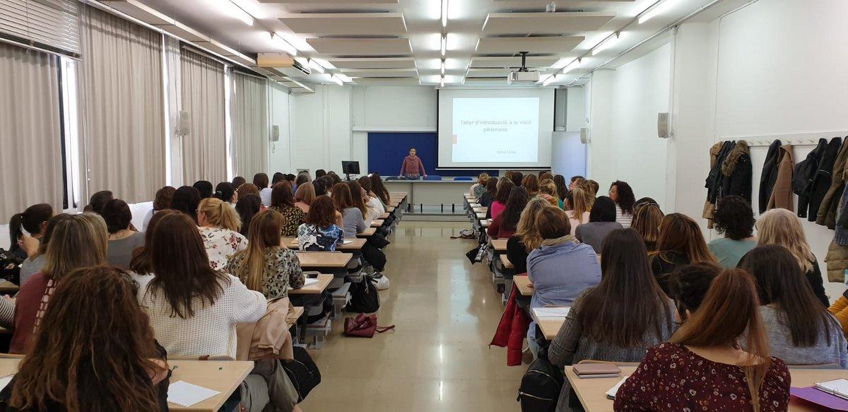Jornada visió pikleriana a l'educació a Cavall de Cartró